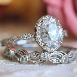 NEW 925 STERLING SILVER OVAL HALO BRIDAL RING SET